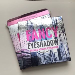 The Burgundy Palette Pressed powder Eyeshadow
